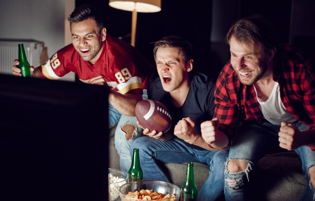 9 People To Not Invite To Your Super Bowl Party