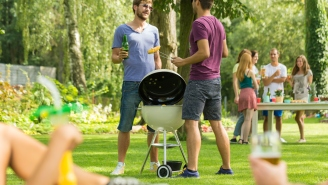 How To Throw A Perfect Memorial Day BBQ