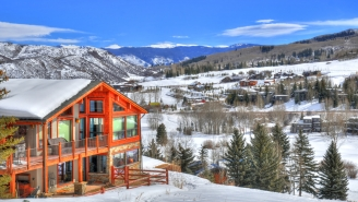 7 Kickass Destinations To Ski By Day And Party By Night