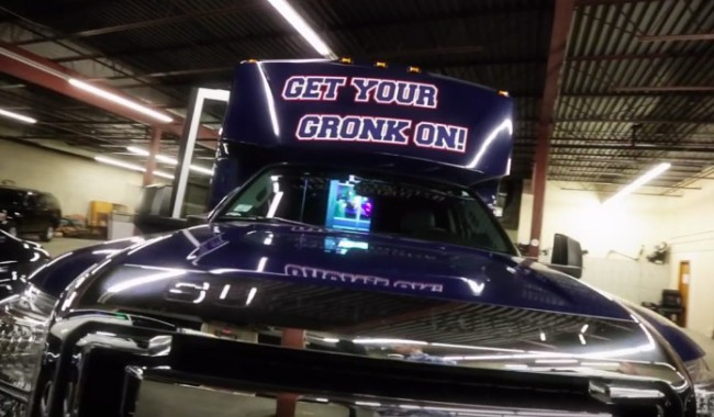 gronk-party-bus-hiring-driver-3