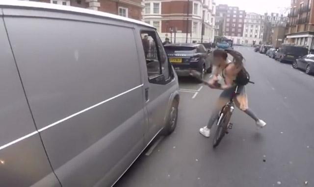 girl-bicycle-revenge-catcalling