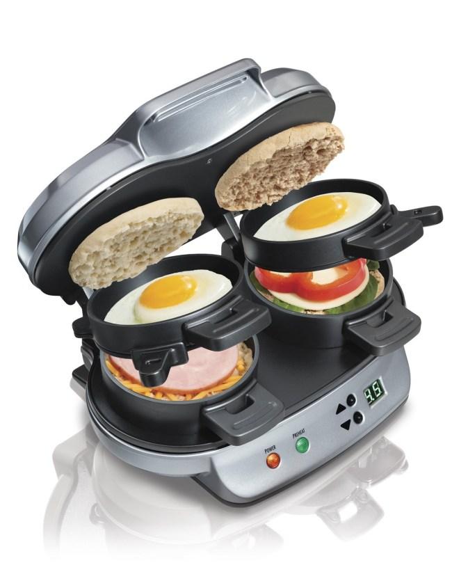 hamilton-beach-25490a-dual-breakfast-sandwich-maker