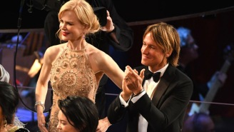 Nicole Kidman's Bizarre AF Seal-Like Clapping At The Oscars Has The Internet COMPLETELY Weirded Out
