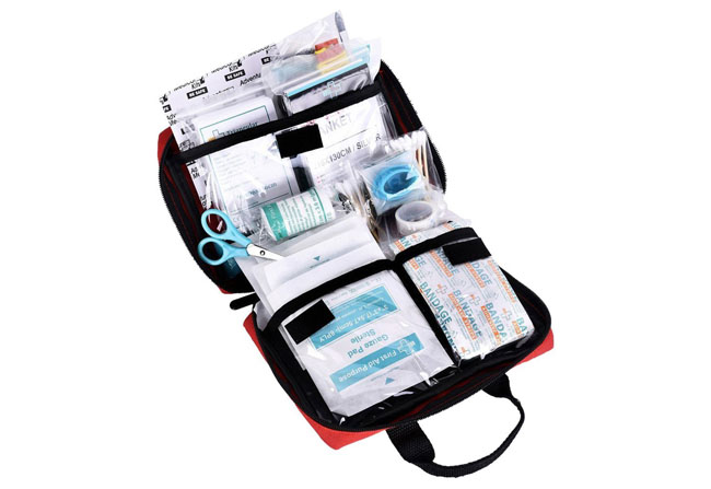 reebow-tactical-gear-115-piece-first-aid-kit
