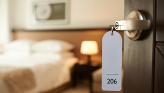 Here Are 5 Things You Should Ask At Hotel Check-In To Get Upgrades And Freebies