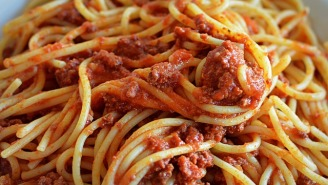 Woman Barricades Herself In House And Has Armed Standoff With Police Because Boyfriend Said Her Spaghetti Was 'OK'