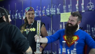 Here's What You Can And Cannot Say While Buying A Bong — Errr 'Water Pipe' — In Texas