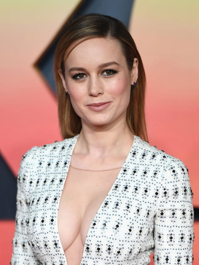 brie-larson-too-much-cleavage