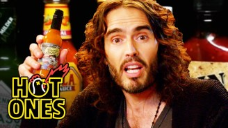 Comedian Russell Brand Ate The World's Hottest Buffalo Wings, Gains Consciousness On Another Level