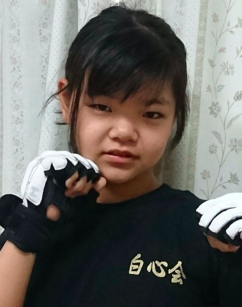 12-year-old MMA fighter Japan MoMo