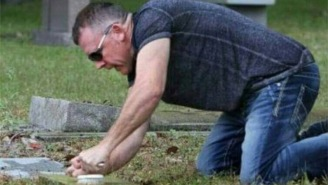 Ultimate Bro Spends His Days Off Cleaning The Tombstones Of Fallen Veterans