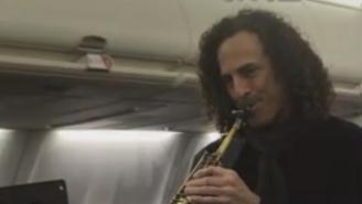 Kenny G Played Sax On A Delta Flight For A Great Charity Cause, Because Kenny G F*cks