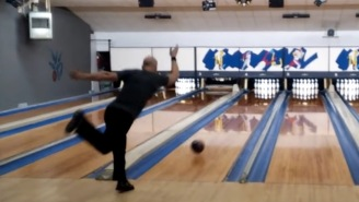 Bowler Sets New World Record, Rolls An Incredible Perfect '300' Game In Under 90 Seconds