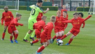 Who Ya Got: 2 Professional Liverpool Soccer Players Vs. 30 Kids?