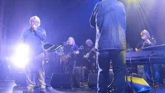 Legendary Musician Dies During His 70th Birthday Tribute Concert After Collapsing On Stage