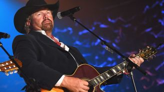 Toby Keith Is Performing The Lamest Concert Ever: A Booze-Free, Men-Only Sausage Fest In Saudi Arabia During Trump's Visit