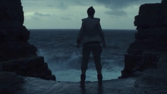Japanese Poster For 'Star Wars: The Last Jedi' Makes Ridiculously Bold Claim About The Film