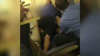 Unruly Southwest Passenger Kicked Off Flight Runs Back On Plane, Gets Tackled