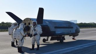 VIDEO: Top Secret Air Force Spaceplane Lands With Sonic Boom After 2-Year Clandestine Mission
