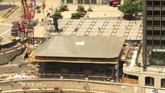New Apple Store In Chicago Has A Humongous MacBook For A Roof (VIDEO)