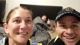 Awesome Cops Took A Selfie With A Drunk Guy So He Would Know How He Got Home In The Morning