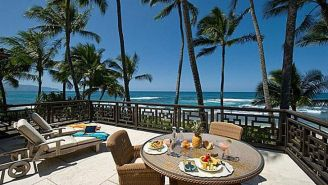 Check Out Kelly Slater's Sweet Beachfront Home In Hawaii That He Bought For $8 Million