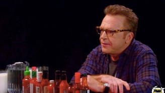 Tom Arnold Eats World's Hottest Wings, Almost Has A Melt Down