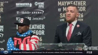 Did You Catch The Funny Glitch During Mayweather-McGregor Which Showed A Fox Host In A Robe?