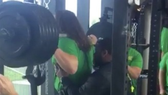 Oregon Ducks Defensive Lineman Squatting 635-Pounds Is Straight Up Insanity