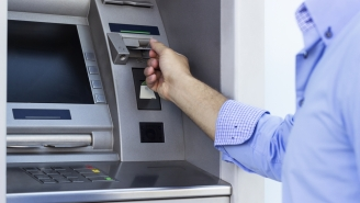 Man Trapped INSIDE Of ATM Passes 'Please Help' Notes To Customers Through Receipt Slot