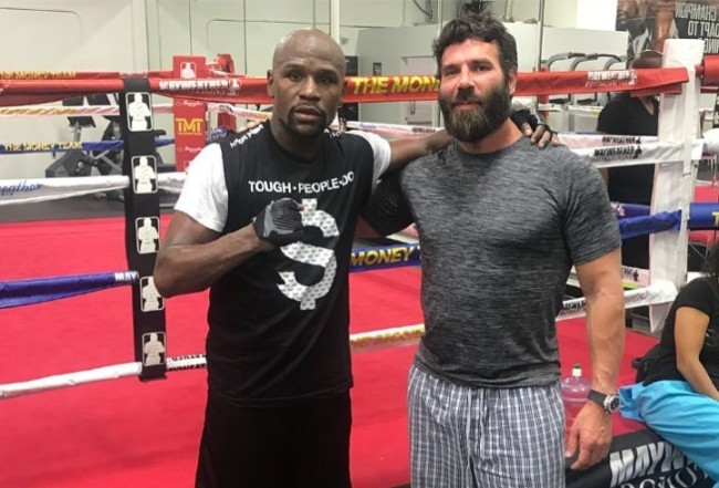 If you bet 500 on mayweather how much did you win sharp sports betting review