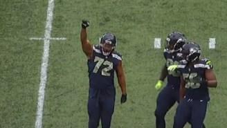 Seahawks' Michael Bennett Celebrates Sack By Raising His Fist