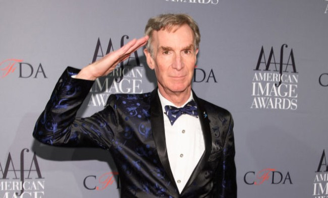 bill nye women snapchatting bikinis