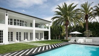 Floyd Mayweather Bought A $25 Million Beverly Hills Mansion With His Prize Money