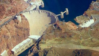 First Man To Swim Across Hoover Dam Reservoir Was Drunk Guy On A Bender Who Was Later Arrested