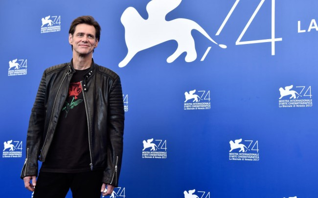 jim carrey shaved his beard pictures