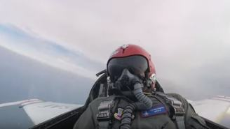 Watch A Reporter Puke His Brains Out While Riding In F-16 With An Air Force Elite Stunt Pilot