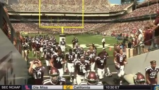 Texas A&M WR Will Gunnell Flips Off Home Fans In The Tunnel Before Halftime