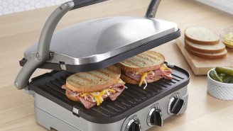 This 5-In-1 Griddle Makes Every Food You're Craving With No Mess And It's Under $60