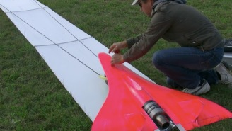 Remote-Controlled Model Jet Sets RC World Record With Mind-Blowing 451 MPH Flight
