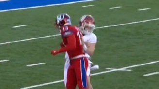 Kansas Player Appears To Be Fed Up With Baker Mayfield's Trash Talk, Deliver Dirty Cheap Shot After Play