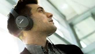 Bose Noise-Cancelling Headphones For $179 (36% Off) Is An Absurdly Good Deal