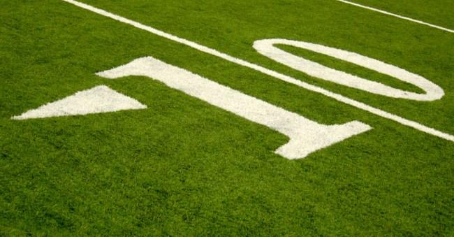 college football team kick opponents 10
