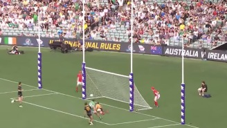 I Don't Understand This Australian Rules Football x Soccer Hybrid Game But I Can't Stop Watching