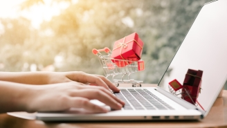 Record-Breaking Cyber Monday Is Biggest US Online Shopping Day Ever With $6.6 Billion In Sales