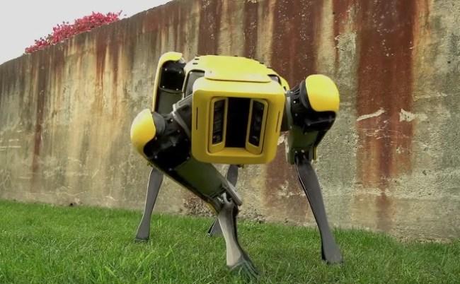 boston dynamics robots pulling trucks