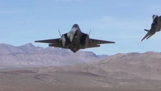 Photographers See Crazy Intense Flyover By Dutch Air Force F35 Planes In Death Valley