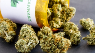 Legal Marijuana Has Caused A Drop In Binge Drinking