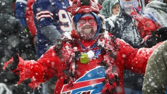 Hundreds Of Bills Fans Showed Up To Greet The Team At The Airport After Playoff Loss