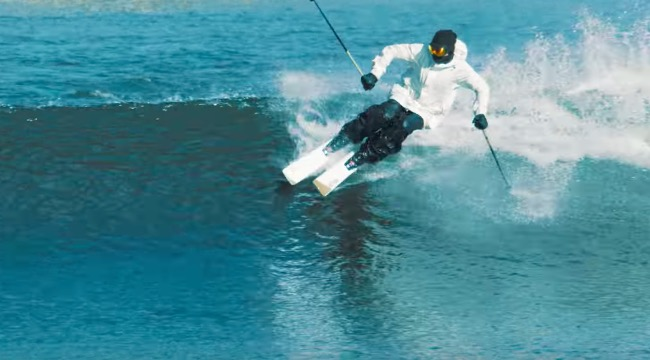 Candide Thovex skiing waves